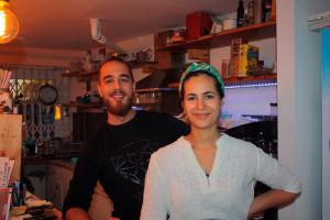 Winterzeit ist Kaffeezeit auch im Café Klangwerk in der Kaiserin-Augusta-Straße © K. Schwahlen 2016